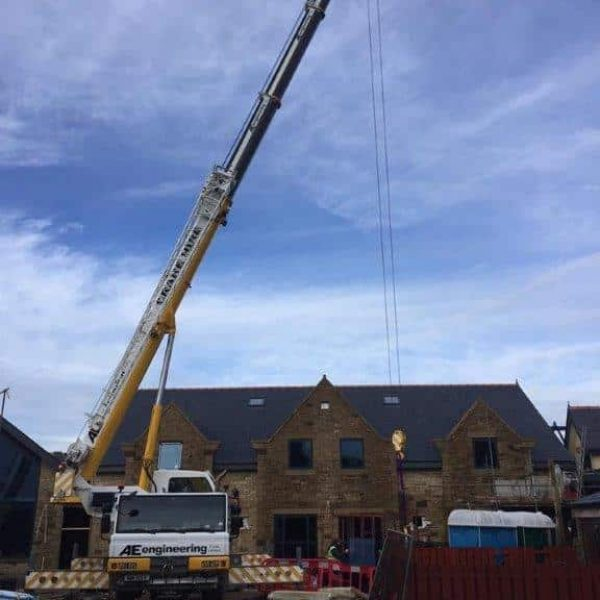 AE Engineering - Contract Lifting on Building Site